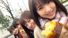 """橋本環奈と浜辺美波が高校の同級生だったら? 文化祭、体育祭などふたりの""""思い出""""を動画で振り返る"""