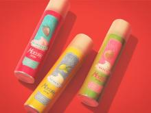 レトロなパッケージが可愛い!「MoccHiSKIN」吸着泡洗顔にフルーツシリーズが登場