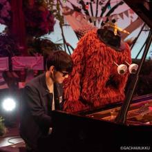 ムック、ピアノで「紅蓮華」演奏 『沼ハマ』登場