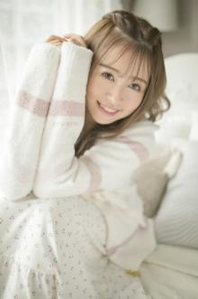 元HKT48・冨吉明日香、初の写真集3・30発売 「ブスいじりされていたキャラ」を返上