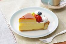 ふたつのケーキが幸せコラボ♡銀座コージーコーナー、春の新作はインパクト抜群の「ハイブリッドスイーツ」
