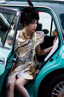 """南沙良、17歳と思えぬ""""魅力"""" ファッション誌『PLEASE 13』登場"""