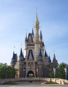 ディズニーランド&ディズニーシー、休園期間の延長を発表 再開は4月上旬予定