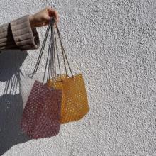 今年の春夏も「ビーズバッグ」がキテる!周りと差がつけられるおしゃれデザインのものをまとめました