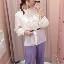 今季大注目のシアーシャツ。透け感がかわいいくて、着回しもできる優秀アイテムなんです♡