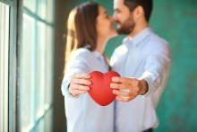 口には言わないけど…男性が共通して「恋愛で大事にすること」って?