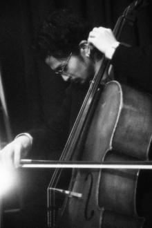 King Gnuの常田大希、NYで披露したチェロ演奏楽曲をリリース「馴染みない人も聴いてみな」