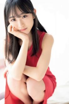 "AKB48""新センター""山内瑞葵、撮り下ろしグラビアでフレッシュに「開花宣言」"