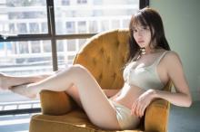 黒木ひかり、初のファッション誌コラボに興奮「うきうきしながら撮影していました(笑)」