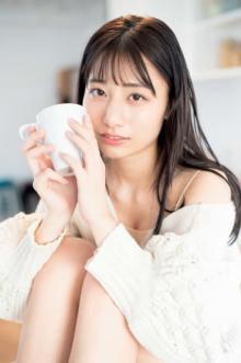 """AKB48チーム8""""期待の即戦力""""鈴木優香、デコルテ&美ワキ大胆披露"""
