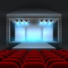 宝塚歌劇、公演中止を6月末まで延長 雪組、月組トップコンビの退団日も延期