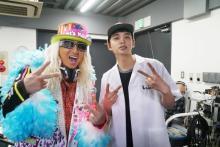 DJ KOO、本人役で映画初出演 北村匠海にDJのイロハ教える