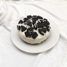 不器用さんでも簡単に作れる♡ザクザク感がたまらない「オレオチーズケーキ」に挑戦してみない?