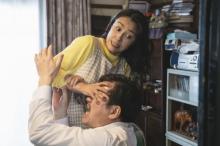 ドラマ『浦安鉄筋家族』2発目 水野美紀、得意のアクションさく裂