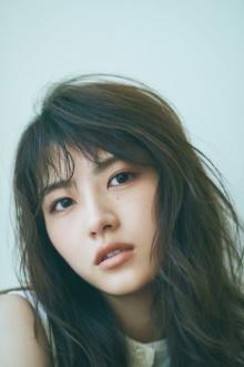 元乃木坂46若月佑美、アラサー女性誌『Oggi』美容専属モデル抜てき スタッフも高評価