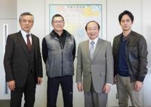 中村梅雀主演、2時間ミステリーの新作『機捜235』 原作者・今野敏氏が現場訪問