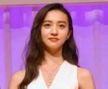 "Koki, 姉・Cocomiの19歳誕生日を祝福 昔&今の""変顔""2ショットも公開"