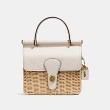 憧れのブランドバッグをこの手に…♡オンラインで先行販売中の「コーチ」の新作カゴバッグがかわいすぎます