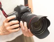 「リモートできない」コロナ禍で雑誌も広告もイベントもストップ、プロカメラマンの窮状