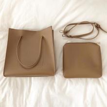 通学・通勤に最適なバッグがなかなか見つからないという方へ。上品な「スクエアバッグ」はここのできまり◎