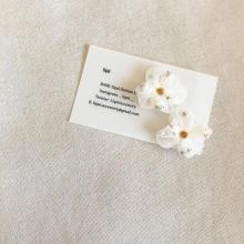 本物のかすみ草を使った「liqui (リキ)」のアクセサリーに恋をした♡繊細な雰囲気がたまらなくかわいいんです