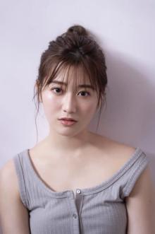欅坂46・守屋茜、ナチュラルな美しさで魅了 タンクトップ姿&ワンピースも披露