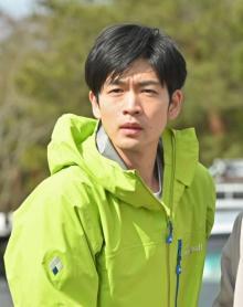 松下洸平、『MIU404』第2話ゲスト 綾野剛、星野源ら出演者に感慨「本気度合いが画面を通して十分伝わる」