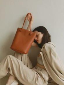 シンプルな高見えバッグが欲しい!1万円以下で上質こなれ感をゲットできる「TOPKAPI EFOLE」がお目見え♡