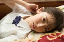 日向坂46・金村美玖、フレッシュな夏制服姿を披露 現役女子高生アイドル7人集結