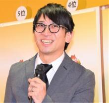 佐藤満春、受け身で際立つ個性 異色の深夜ラジオ生特番が好評