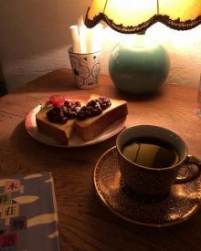 たまには自分とじっくり向き合うカフェ活もいいかも。贅沢なひとり時間が過ごせる都内の「ジャズ喫茶」5選