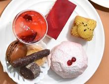 限定デザート「ピーチメルバ」がセット!横浜ベイホテル東急、夏のアフタヌーンティーは旬の桃が主役です♡