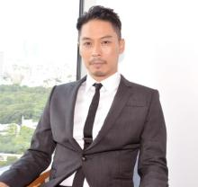 『バチェラー・ジャパン』初の結婚 司会・坂東工も感動「この時が来ることを待ち望んでいました」