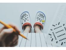 """東京と京都の""""atmos""""でポップアップ「Crocs at atmos TO-KYO-TO」開催!"""