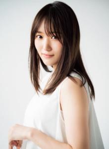 欅坂46菅井友香、純白ワンピで見せるありのままの笑顔 グループへの思いも告白