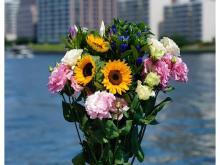 送料無料!世界的大会のロスフラワーを救う「ヴィクトリーフラワーの花束」