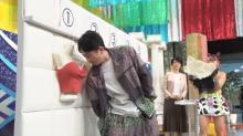 有吉弘行、衝撃的な姿を公開 マグカップにプリントして視聴者プレゼント