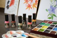 ⽖にやさしい⽔性ネイル「胡粉ネイル」から秋冬限定の新色が登場!こっくりと艶やかな色味がたまりません…♡