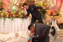 チェリー吉武&たんぽぽ白鳥「1分間で何回キスができるか?」ギネス世界記録に挑戦