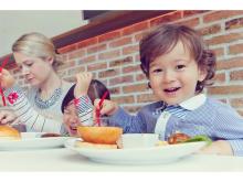 子連れで行きやすい!レストランまとめサイト「Kids Friendly」開設