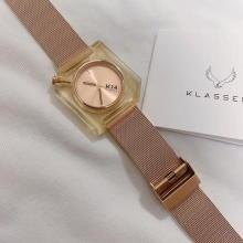 それどこの?って聞かれちゃうかも♡まわりの子と手元のおしゃれに差をつけるならKLASSE14の時計に決まり!