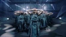 欅坂46 改名発表直後のラストシングル初披露ライブ映像公開 菅井友香、山崎天の涙も