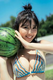 """沢口愛華、JKラストサマーグラビアで""""人生初""""に挑戦"""