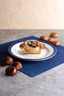 こっくり甘いモンブランとの幸せコラボ♡焼きたてチーズタルト「BAKE」秋限定のマロンタルトがアップデート!