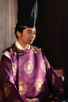 【麒麟がくる】将軍・義輝役の向井理、長谷川博己の「リアクションに助けられた」