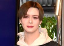 Matt、母親との2ショット公開で反響 矢田亜希子も絶賛「お顔もスタイルも綺麗すぎる」