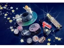 宇宙遊泳を楽しむミッキーたちをデザイン!キラキラ輝くコスメシリーズ登場