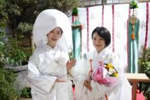『妖怪シェアハウス』最終怪の小芝風花の白無垢姿&miwaの巫女姿