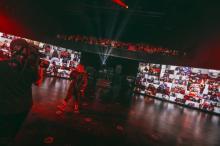 HYDE、音楽業界初の試み「ものすごく感動」 配信ライブ視聴者全員が会場に出現
