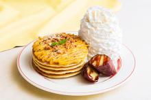 """秋の味覚""""お芋""""が主役。「エッグスンシングス」から登場する「濃厚スイートポテトパンケーキ」がおいしそう◎"""